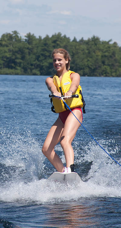 A Wohelo waterskier in action
